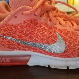 Nike Air Max Sequent 2 girl's 5/Women's 7